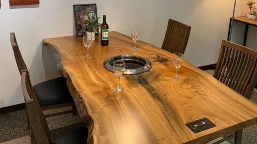 クス一枚板 無煙ロースター内臓型テーブル