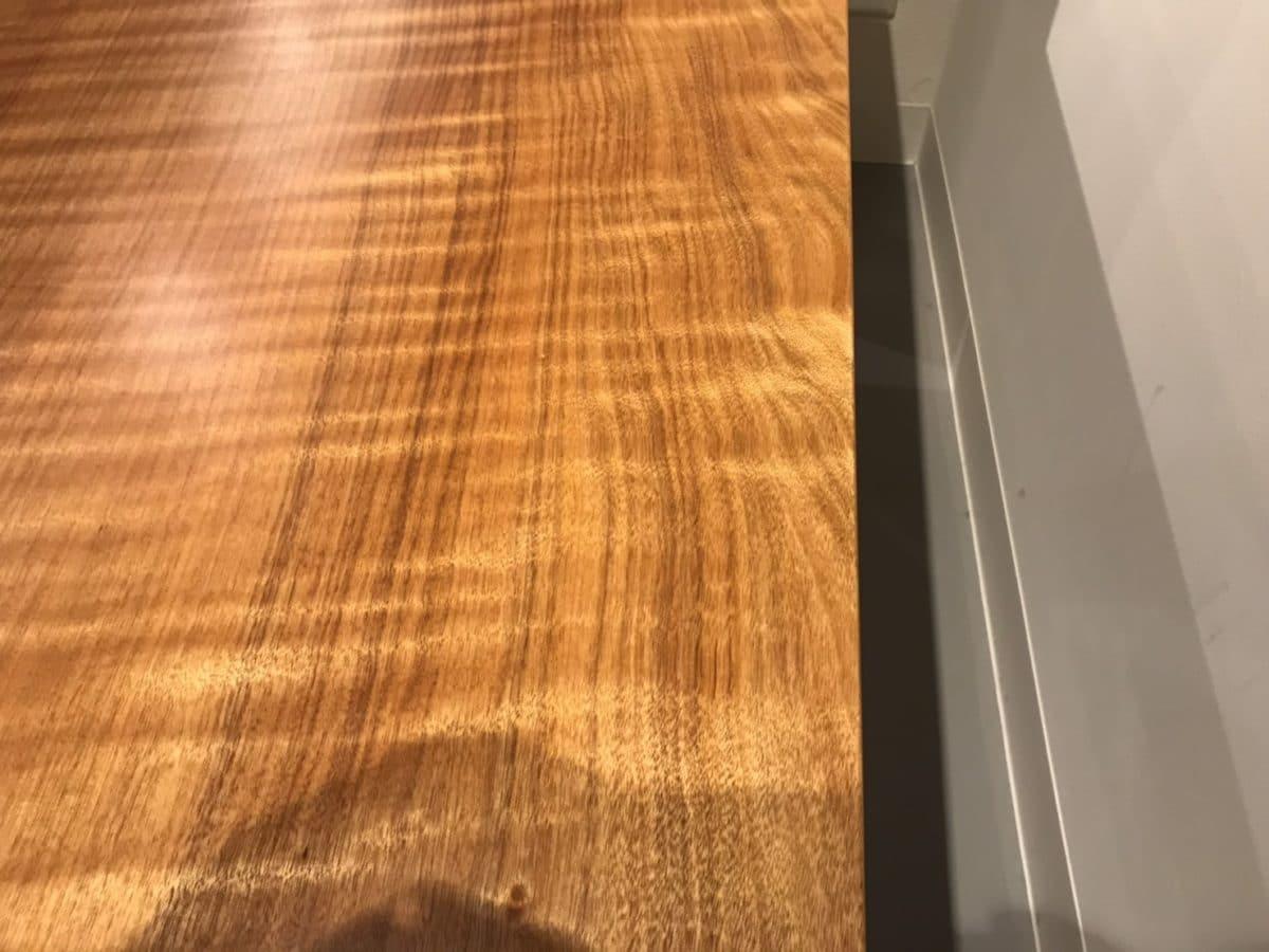 タブ一枚板の側面2