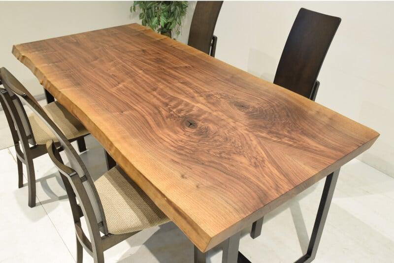 おすすめの無垢材接ぎテーブル!