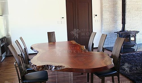 ブビンガ(瘤杢)一枚板ダイニングテーブル