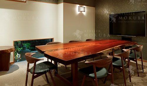 ウォールナット一枚板ミーティングテーブル