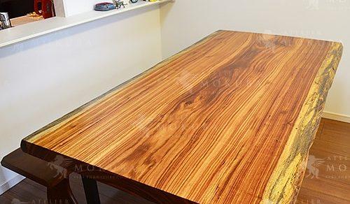 ベリ一枚板ダイニングテーブル