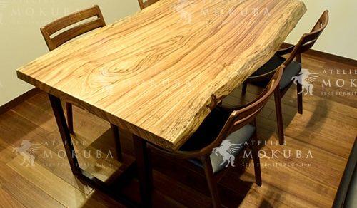 ベリ一枚板ダイニングテーブル、チェリー一枚板リビングテーブル