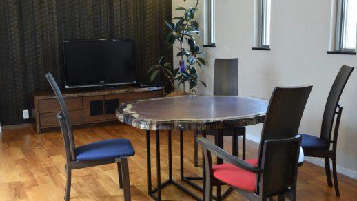 レジンテーブル パープルハート輪切り・ポプラ瘤+ウォールナットTVボード