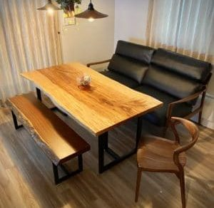 カフェのようなダイニングソファーテーブル
