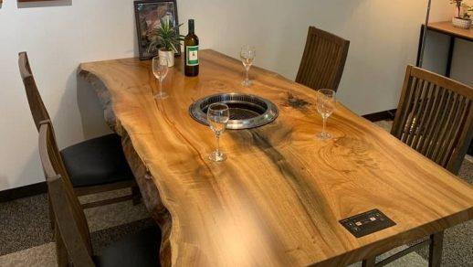 特注テーブル納品しました!無煙ロースター内臓型テーブル