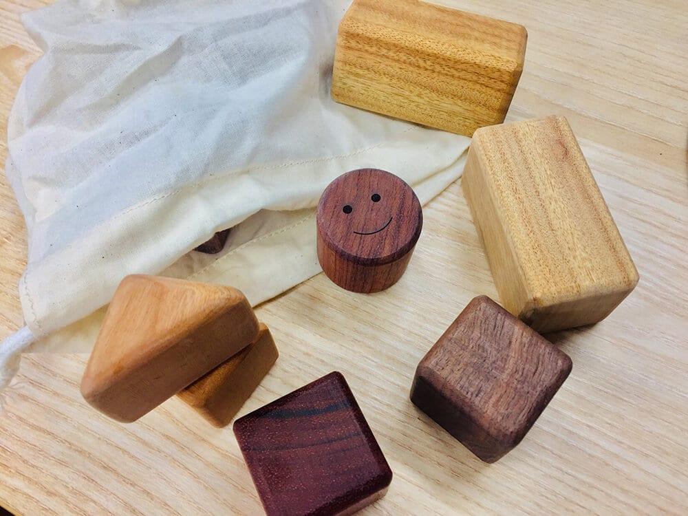 活用材を使った積み木