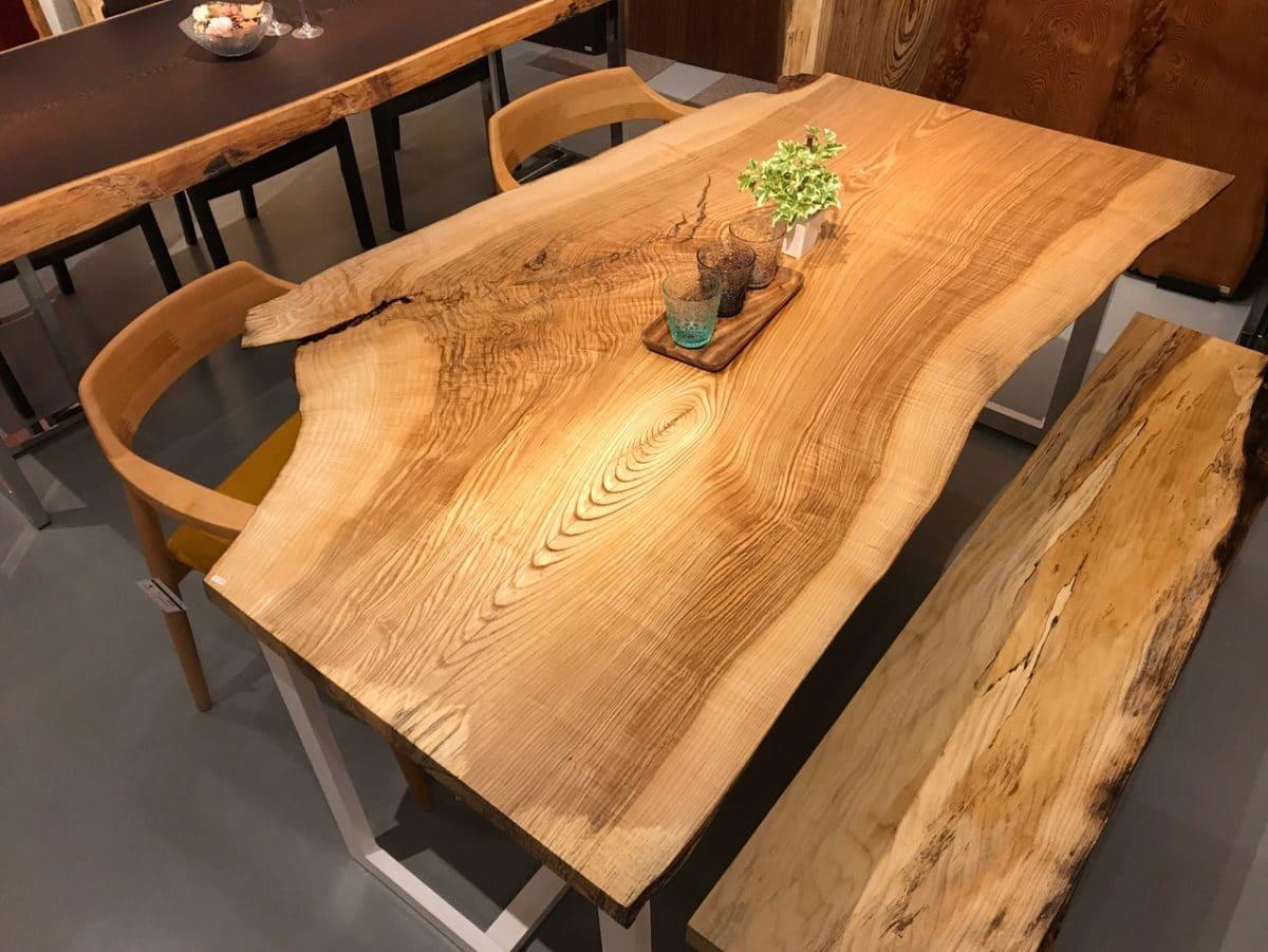 タモ一枚板ダイニングテーブル