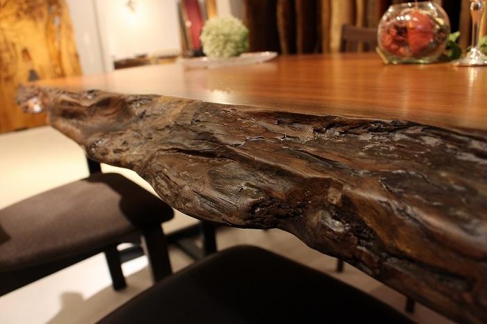 耳付テーブルの素晴らしさ ~古き良き時代~